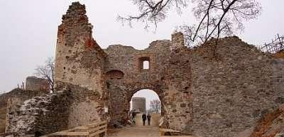 Šarišský hrad foto