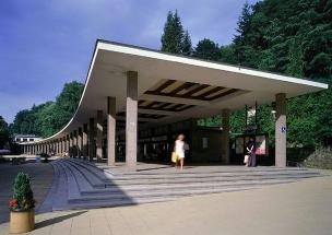 Lázeňská kolonáda v Luhačovicích foto