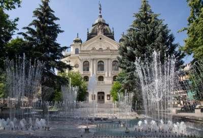 Státní divadlo foto