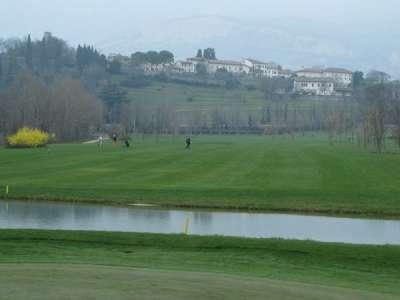 Aviano - golfové hřiště foto