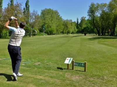 Golf Albrechtice foto