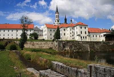 Cisterciácký klášter Vyšší Brod foto