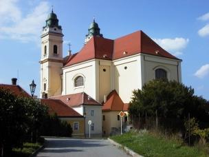 Kostel Nanebevzetí P. Marie foto