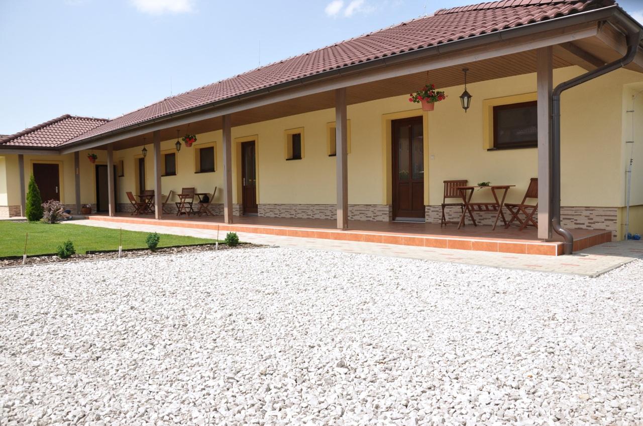 Apartmány Forró II