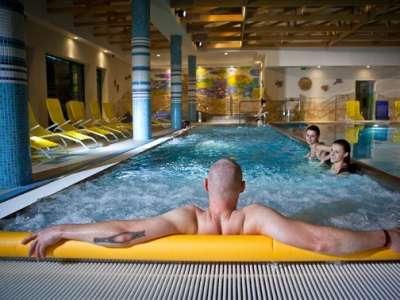 Bazén ve wellness centru