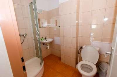 Koupelna ve dvoulůžkovém pokoji č.1
