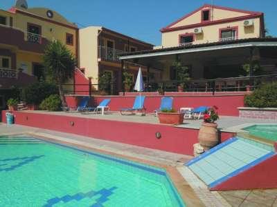 Krásný hotel Spiros a Maria na ostrově Korfu