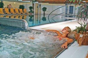 Vnitřní bazén - atrakce