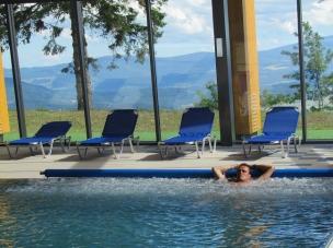 Lehátka u bazénu