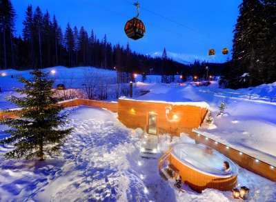 Venkovní vířivka a sauna