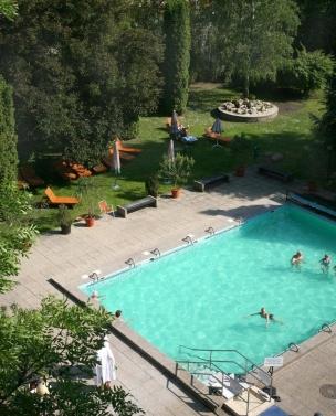 Zahradní plavecký bazén