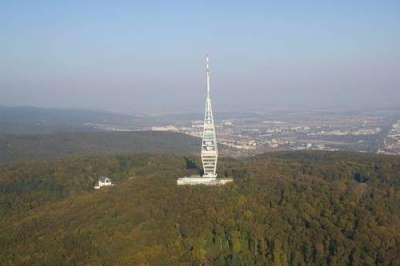 Televizní věž Kamzík foto