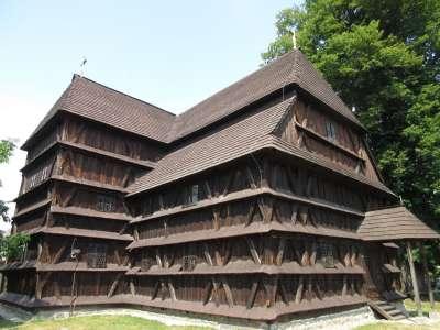Evangelický dřevěný artikulární kostel Hronsek foto