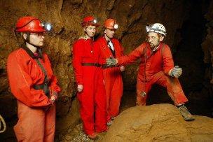 Krásnohorská jeskyně foto