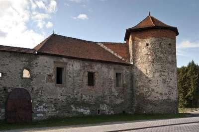 Markušovský hrad foto
