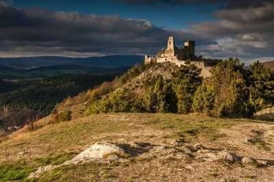 Čachtický hrad foto