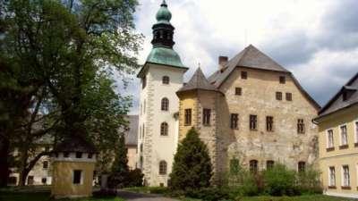 Zámek Janovice   foto