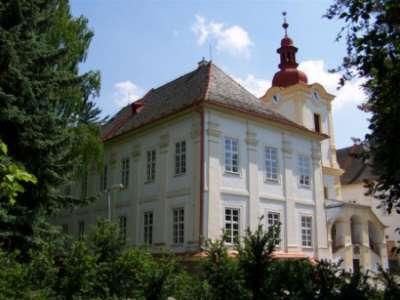 Zámek Luhačovice foto