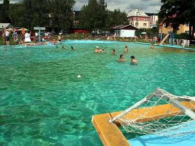 Termální koupaliště Benešov nad Ploučnicí foto