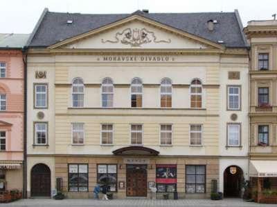 Moravské divadlo foto