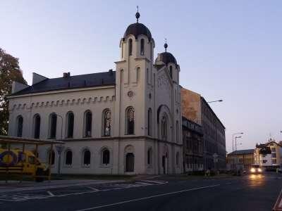 Synagoga Krnov foto