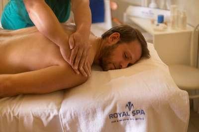Klasická masáž éterickými oleji