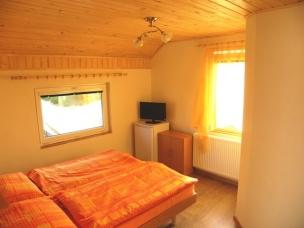 Dvoulůžkový pokoj - oranžový