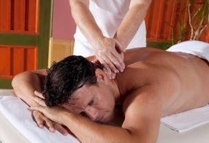 Klasická masáž zad