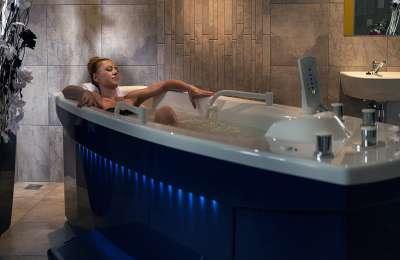 Perlivě vířivá koupel