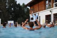 Bazén v areálu