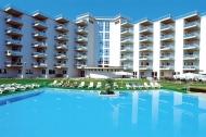 Rezidence s velkým bazénem