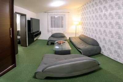 Obývací pokoj v apartmánu 607 pro 7 osob (5 + 2 přistýlky)
