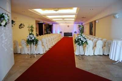 Svatba v kongresovém sále