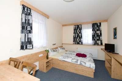 Pokoj v hotelu Skiland Ostružná