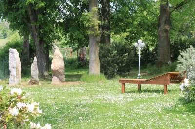 Meditační park u hotelu