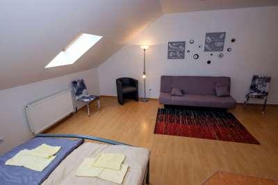 Dvoulůžkový pokoj č.3 (podkroví)