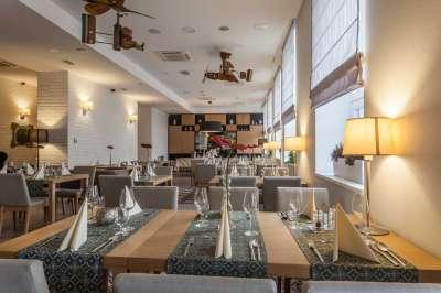 Restaurace v hlavní budově Hotelu Pod Lipou