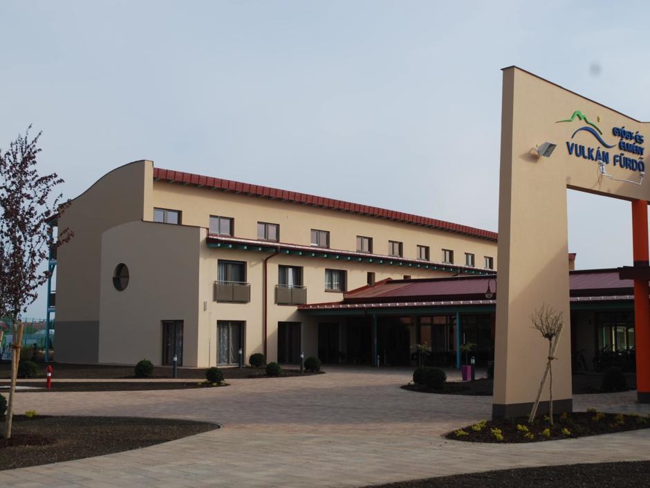 Vulkan Thermen Resort Hotel