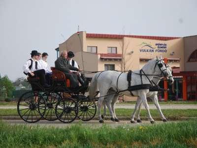 Folklorní tradice - jízda na koči