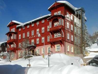 LÁZEŇSKÝ HOTEL TERRA foto