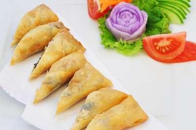 Saiko restaurant - čerstvá zelenina v rýžovém papíru
