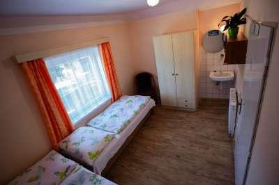 Dvoulůžkový pokoj ve druhém patře