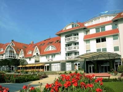 WELLNESS HOTEL MENDAN