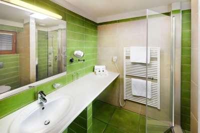 Dvoulůžkový pokoj standard s klimatizací