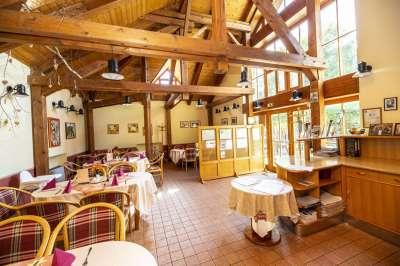 Restaurace v hotelu Na Jezeře
