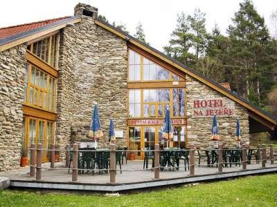 HOTEL NA JEZEŘE foto