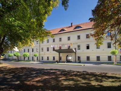 HOTEL TEREZIÁNSKÝ DVŮR foto