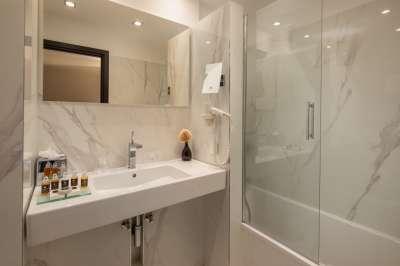 koupelna v pokoji EXECUTIVE