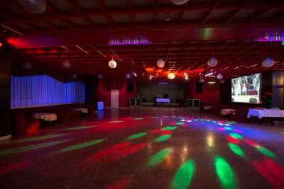 Sál na kulturní akce a diskotéky