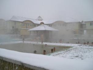 Venkovní bazén v zimě